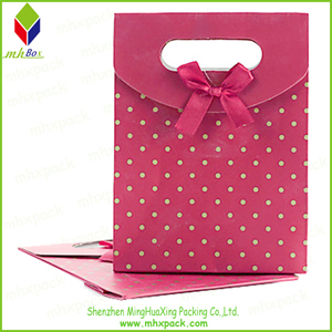 Delicate Printing Rigid Cardboard Gift Packaging Bag